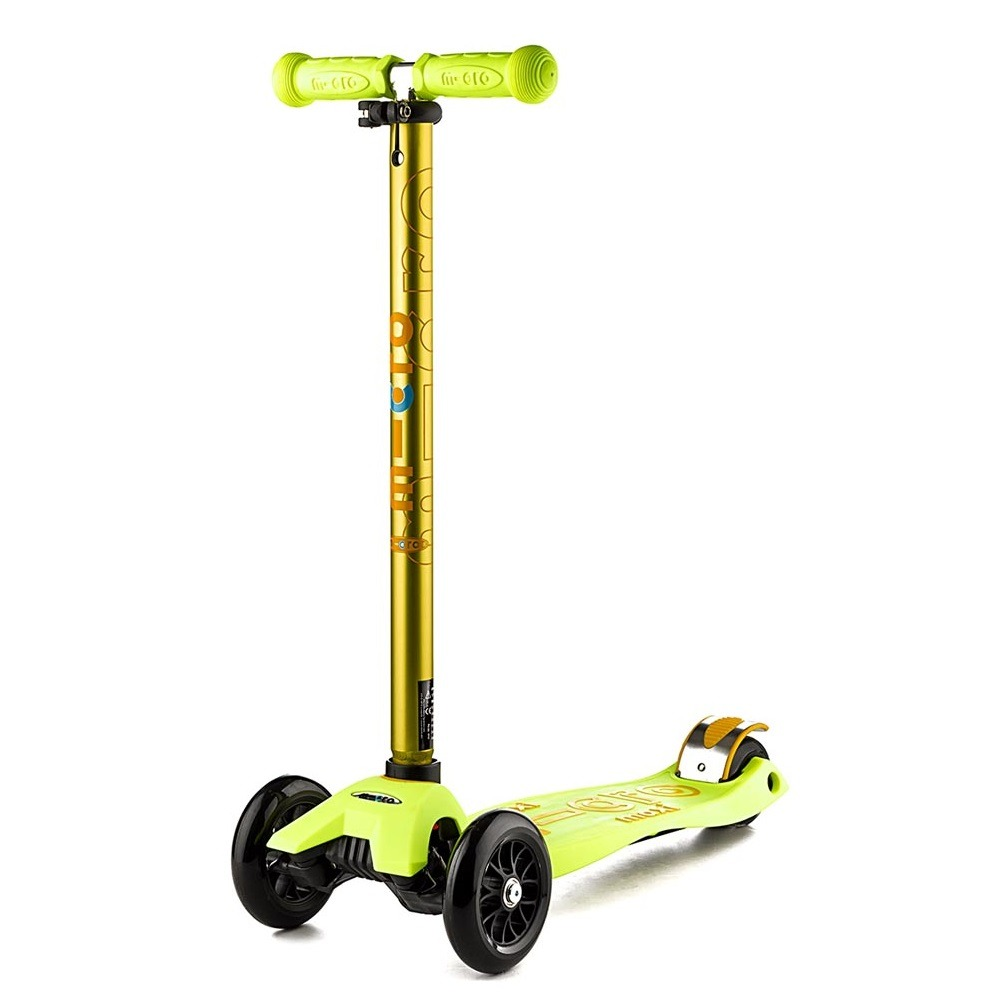 micro-maxi-deluxe-yellow-scooter