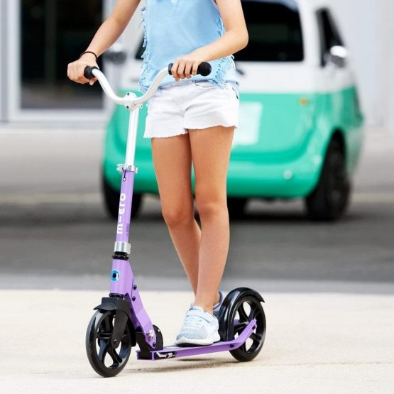 micro-cruiser-scooter-purple-b