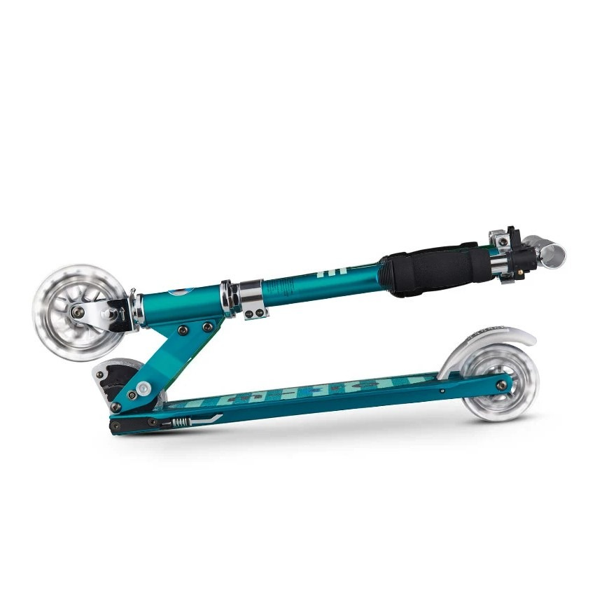 micro-sprite-scooter-sea-green-led-3